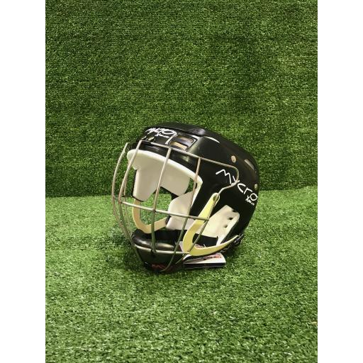 Hurling_helmet_black.jpg